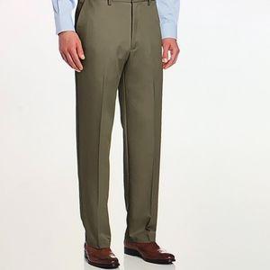 Haggar Expandable Waist Plain Front Pants 42WX29L
